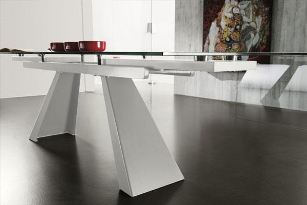 tavolo collezione moderna