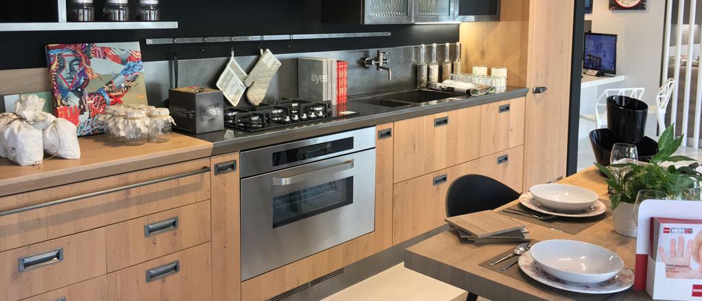 Beautiful cucina diesel scavolini ideas acrylicgiftware for Cucina scavolini diesel