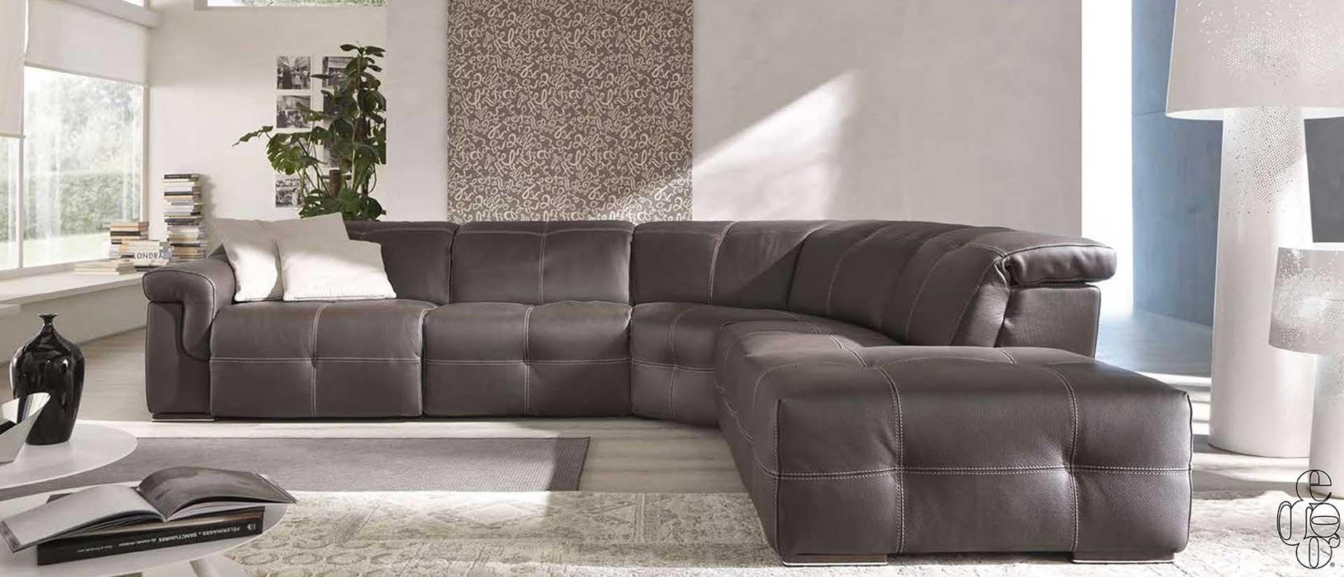 divano-aiko