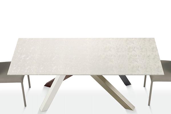 tavolo_materia_di_lazzaro
