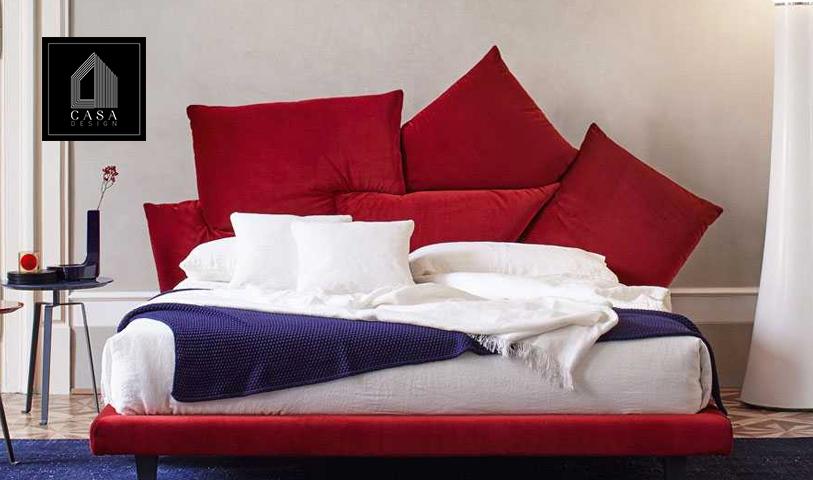 In Picabia, i cuscini sono i protagonisti: da semplici accessori diventano veri e propri elementi strutturali.
