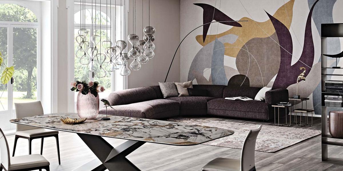 Collezione tavoli e sedie modelli classici e moderni